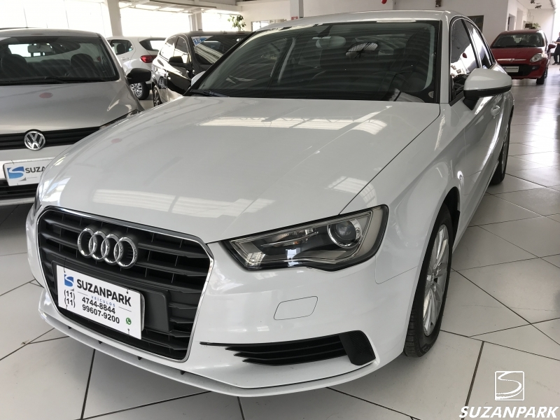 AUDI A3 SEDAN ATTRACTION  1.4
