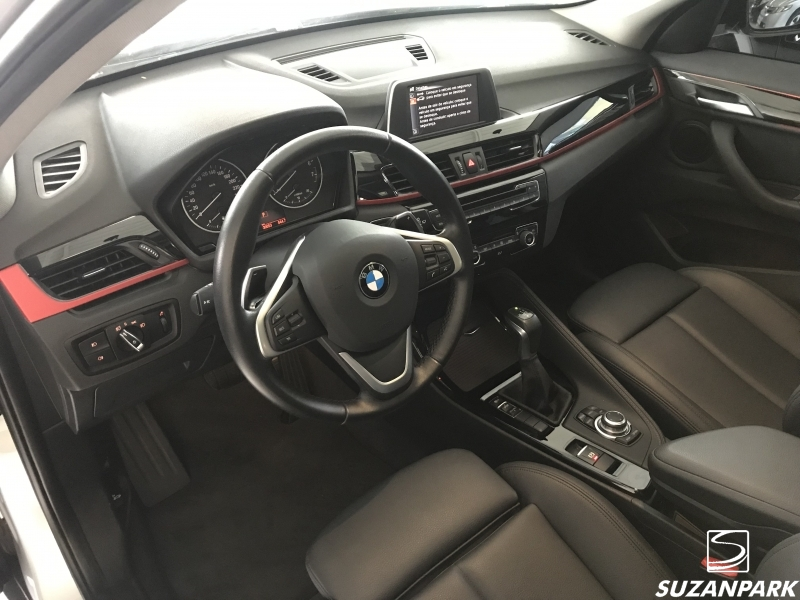 BMW X1 SDRIVE 20i 2.0
