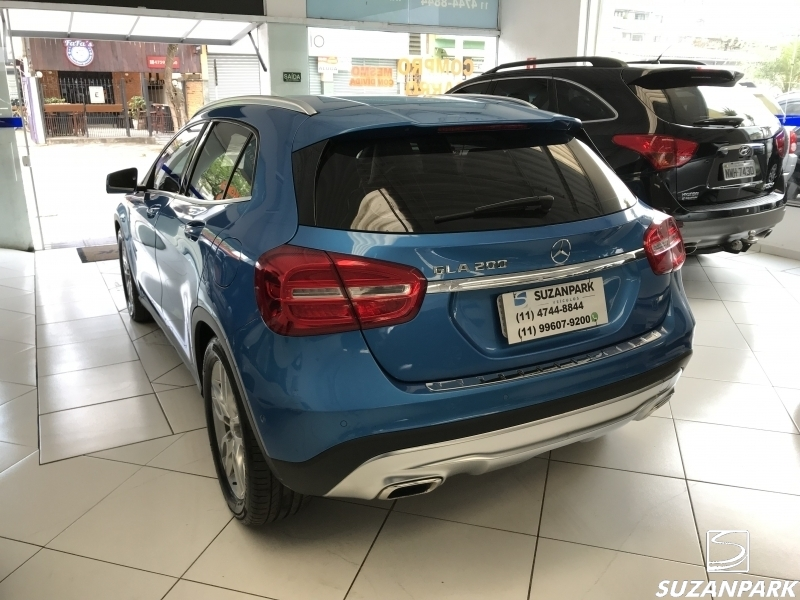 MERCEDES BENZ GLA 200 ADVANCE 1.6